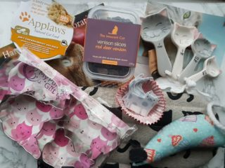 My purrfect gift box october 2016